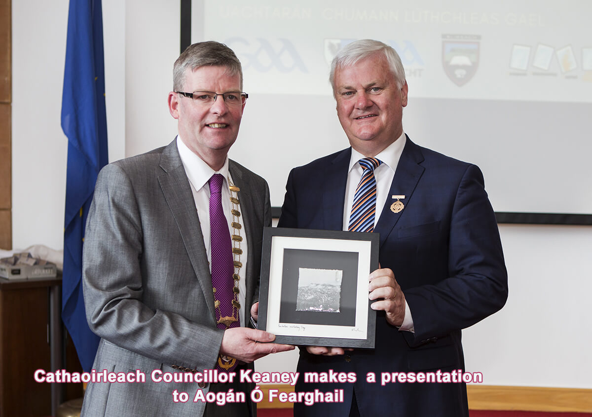Council Honours GAA President Photo 3