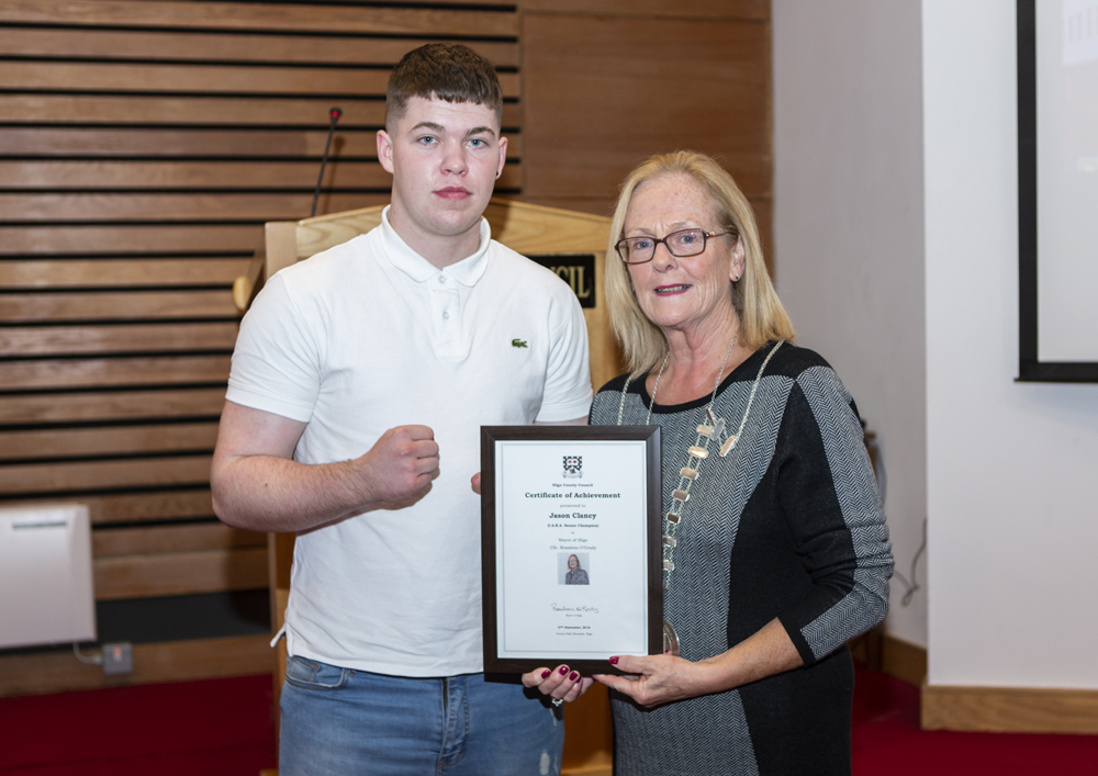 Mayor Hosts Reception for Local Boxers  Photo 4